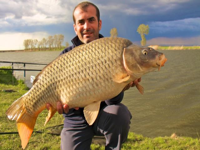 MEAT & FISH ia podiumul la Teiu