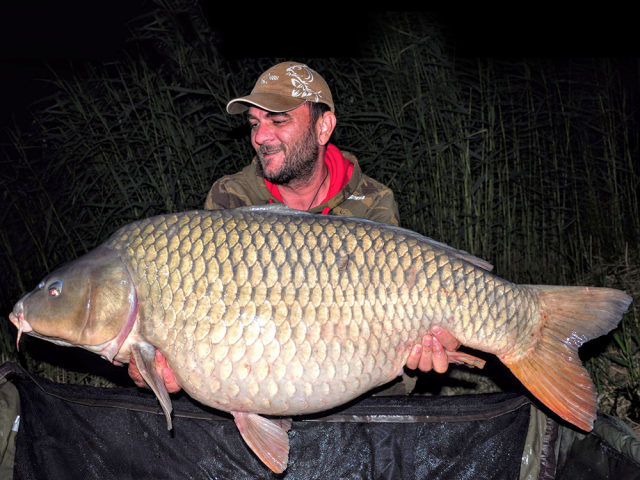 New PB and lake record on our fantastic HOT FISH boilies!!