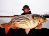 Start de sezon: Andy, HOT FISH si crapul de 20.4kg