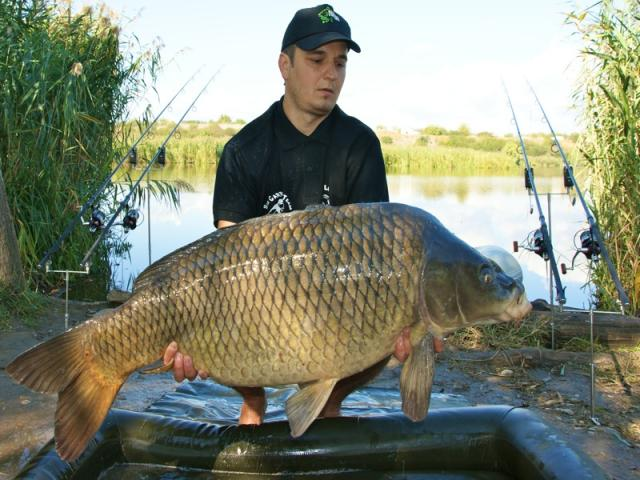 Trofeu de 20,9kg la MEAT & FISH